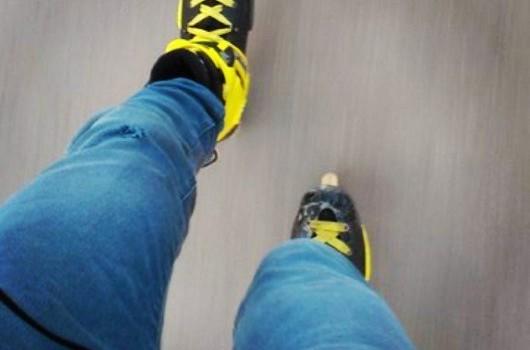 Зима, улица, роликовые коньки…?